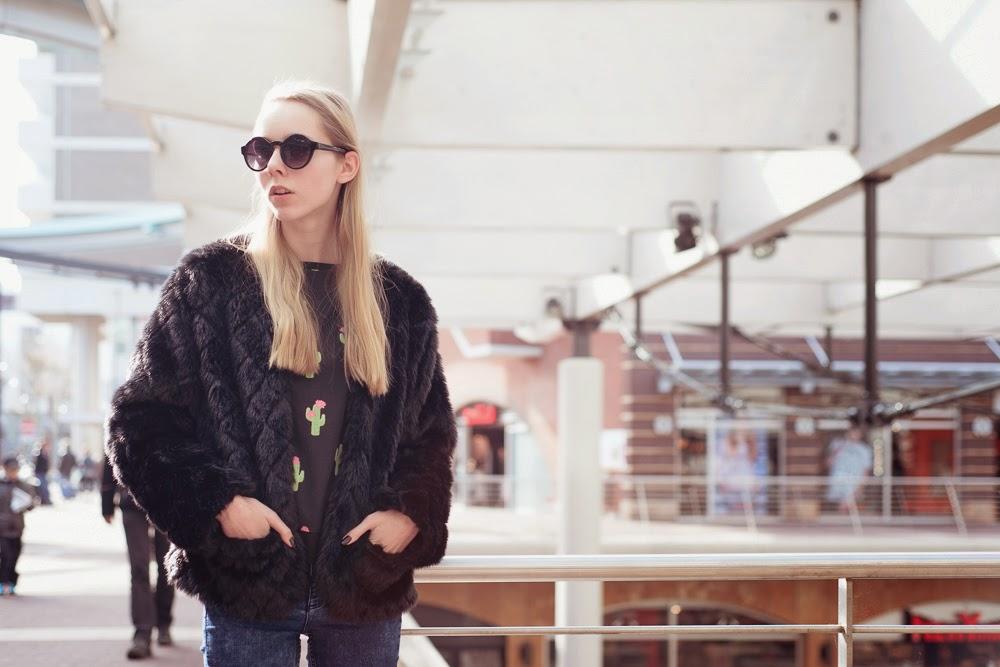 h&m loves coachella trui met cactussen cacti sweater sweater met print Mark Koolen