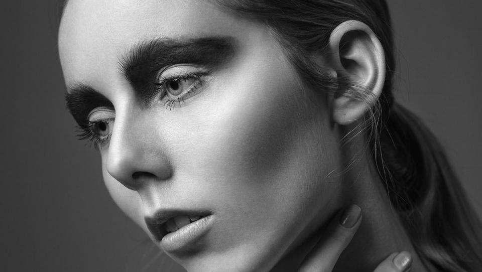 model Joanne M modellenwerk website portfolio Kees Penders photography Suzanne Hendrikx visagie