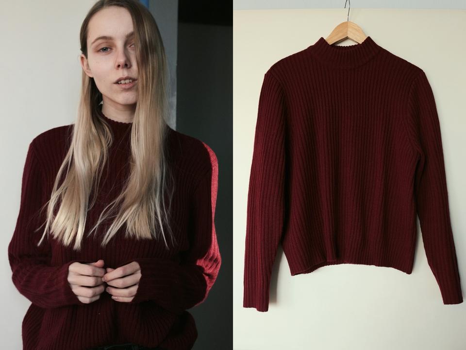 New in | Burgundy sweater