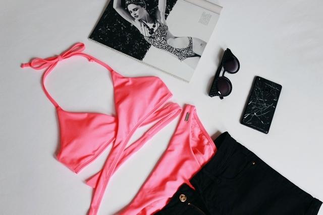 New in | Pink wrap bikini