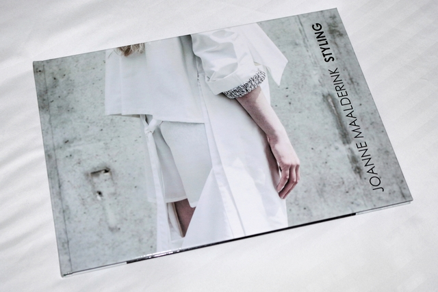Fotofabriek review fotoboek Make people stare fashion mode styling portfolio book blog