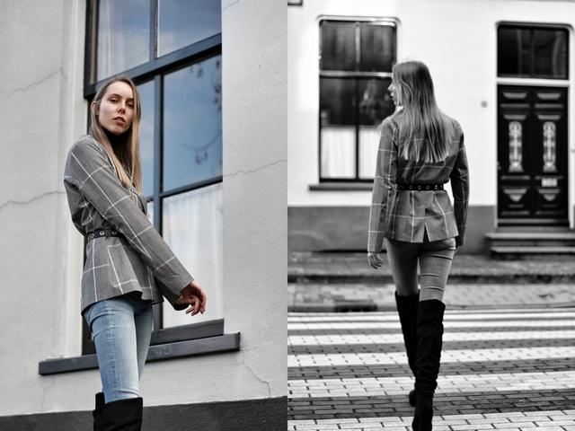 Outfit met geruite NAKD blazer met riem en zwarte Primark overknee boots hoge laarzen mode blogger streetstyle Zilver & Zoet ketting blauwe skinny jeans H&M
