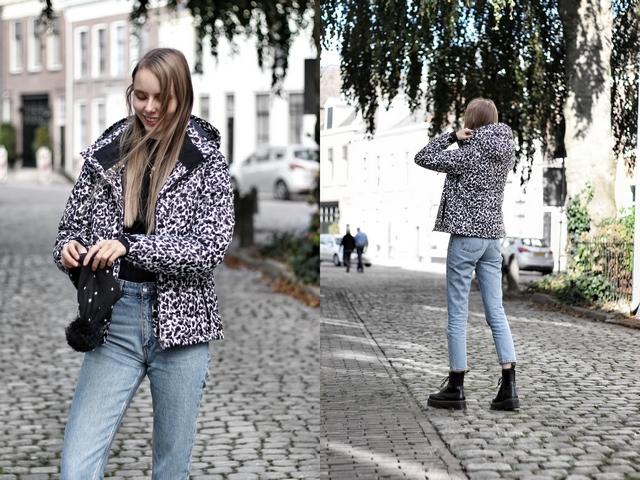 Outfit met Dante panterprint ski jas van Protest Sportswear wintersport kleding leopard luipaard winterjas mode blogger